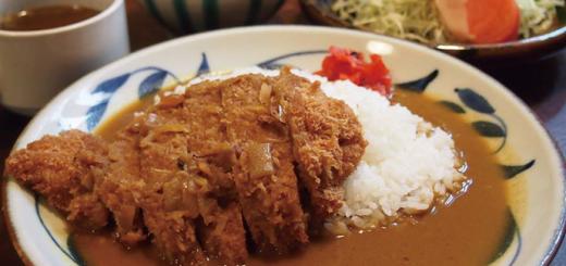 カツカレー(1,000円)